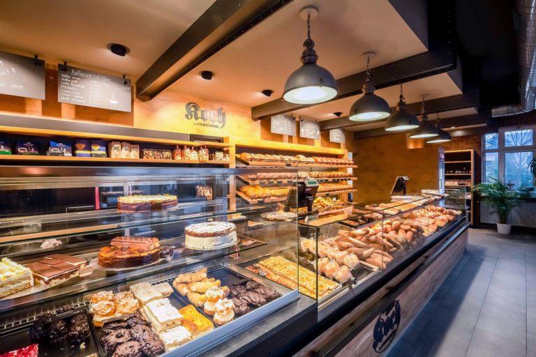 Landbäckerei Koch Ladenumbau - volle Auslage